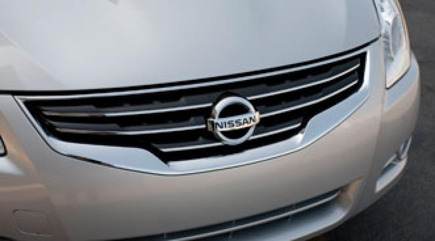 Nissan Toyota Fight Battle Of The Sedans Jumpstart Automotive Reveals Toe To Compeion For Market Share
