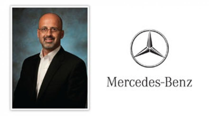 Mercedes benz financial converts two live auctions into for Mercedes benz finacial services