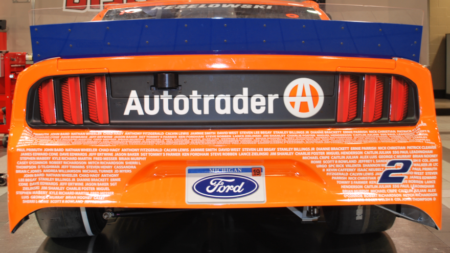 Autotrader S Support Of American Heroes Continues Through Nascar Auto Remarketing