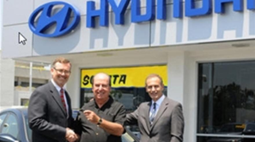Hyundai Celebrates Partnership with Trilogy Smartleads with Vehicle Giveaway